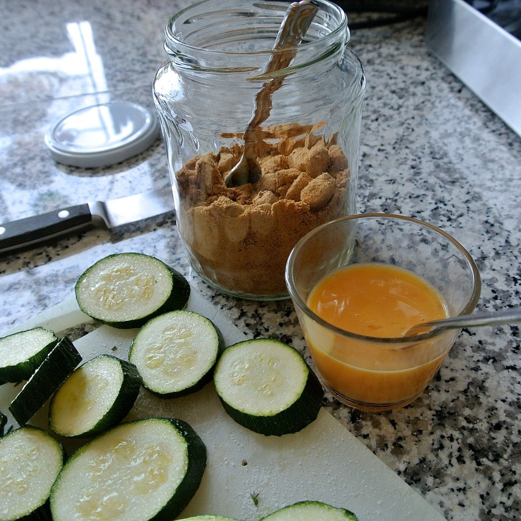 zucchini-macadamia