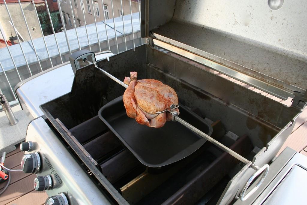 Weber_Rotisserie_Chicken(C)Vockenhuber7