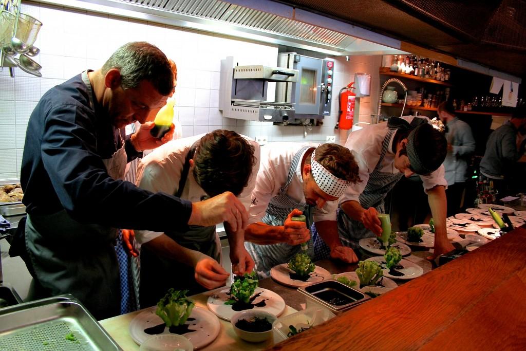 Die Küchenteams von Mochi und Taubenkobel machten am 1.11.2015 einmalig gemeinsame Sache