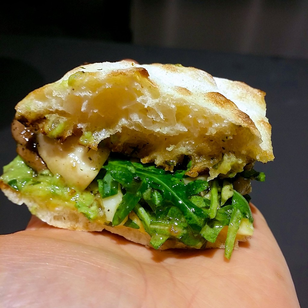 gorillakitchen_vegan_sandwich(C)vockenhuber